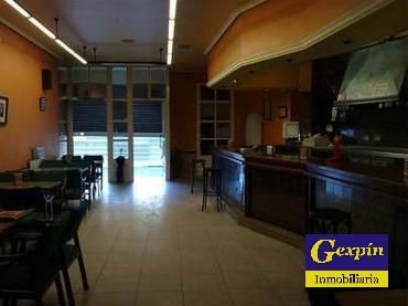 Cafetería con Licencia en Zona Parque de Rosalía