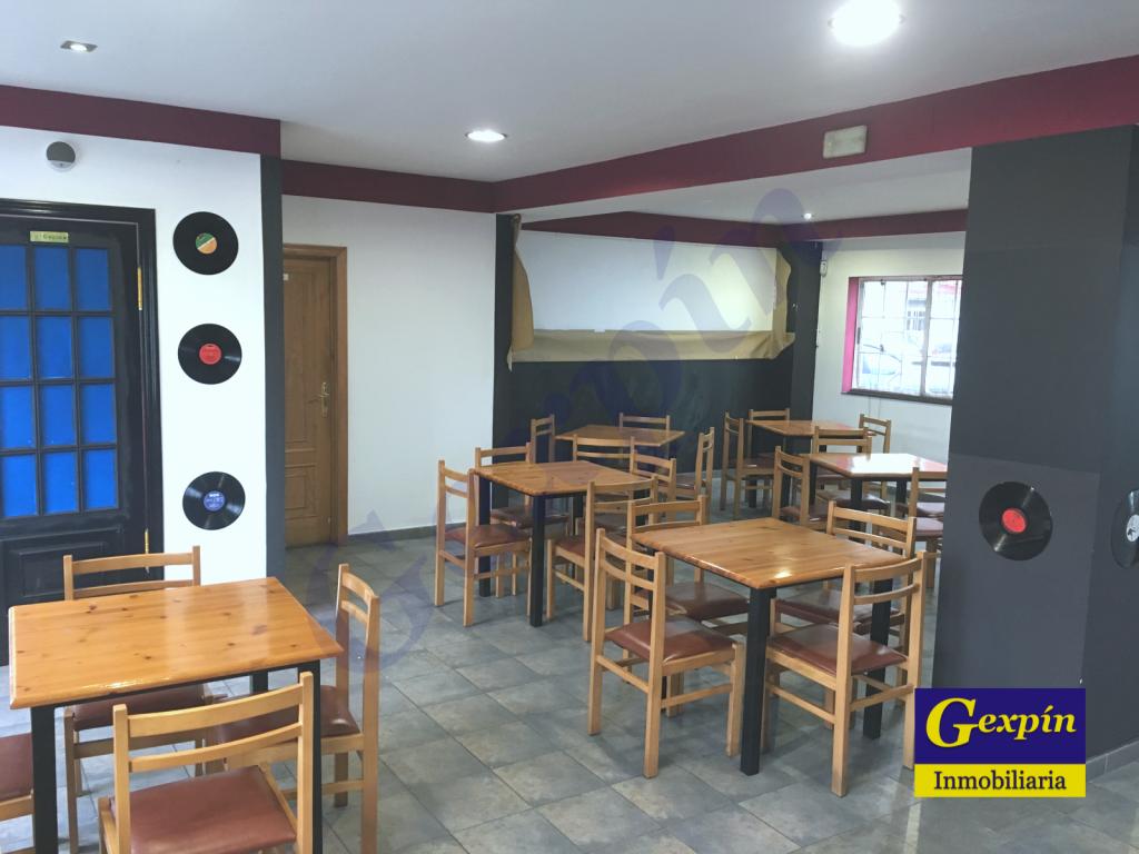 Bar Acondicionado en Zona de San Roque